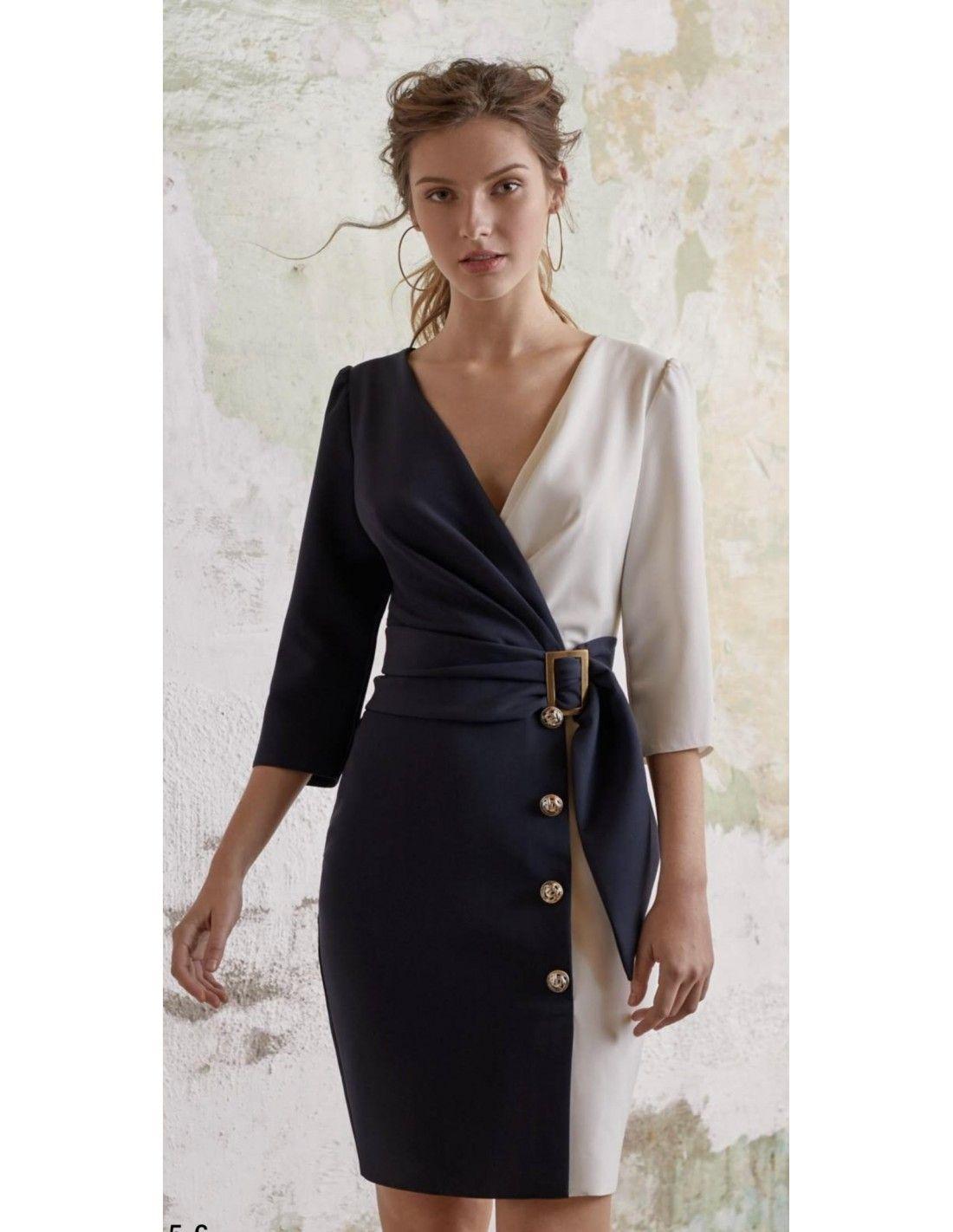 21543e2f78034 Vestido Sabina - Vestido bicolor en color azul y blanco. Escote efecto  cruzado. Detalle