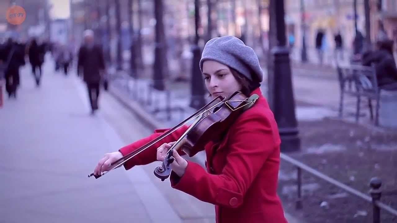 Amazing Russian Street Performer Plays Beautiful Violin Music Youtube Rusia Musica