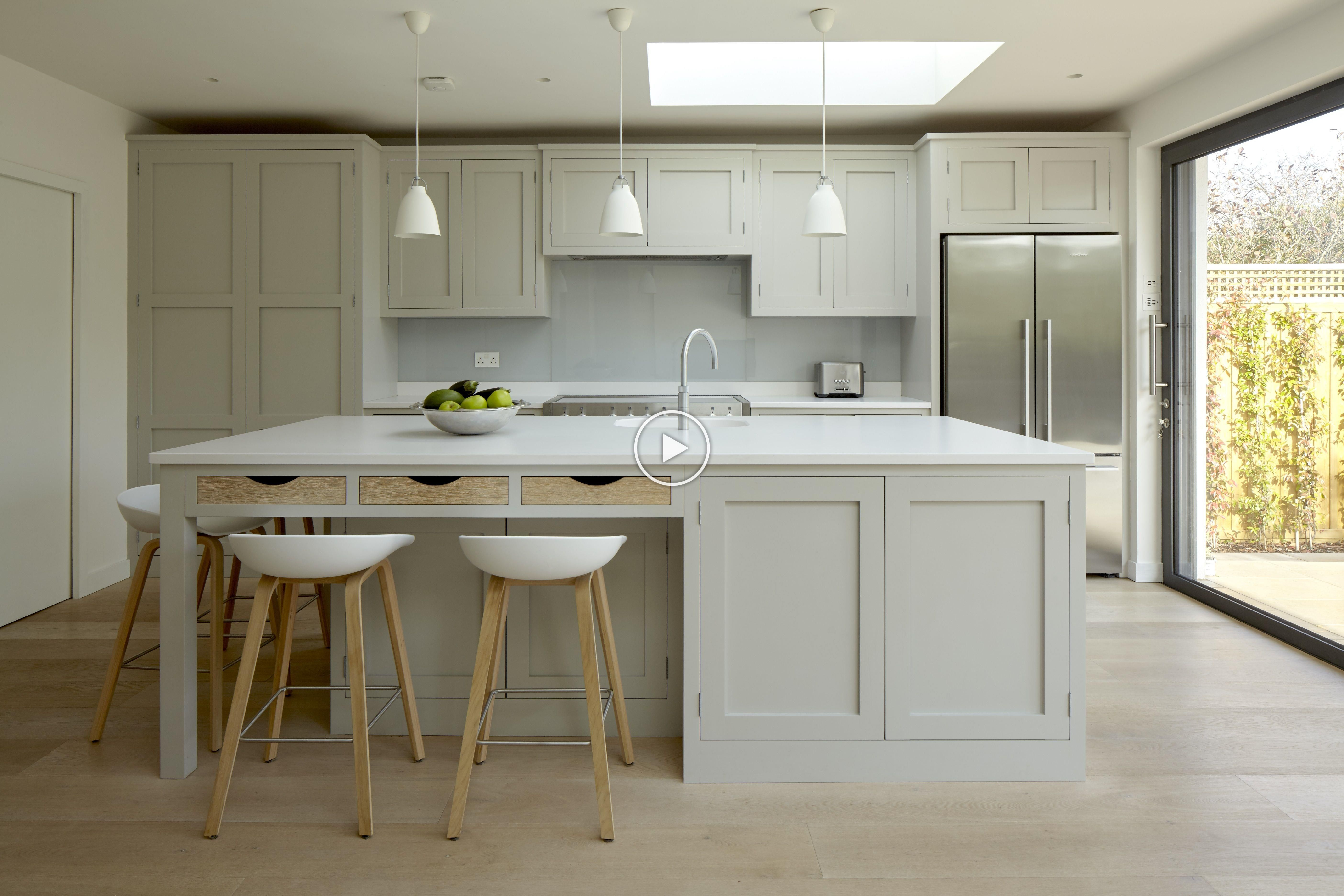 Claygate Handleless Shaker Kitchen Colour Little Greene French Grey 113 Worktops 30mm Classic Kitchen Design Kitchen Inspiration Design Timeless Kitchen