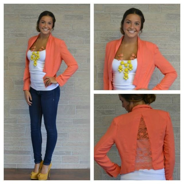 I love this whole outfit and this store....www.apricotlanepeoria.com