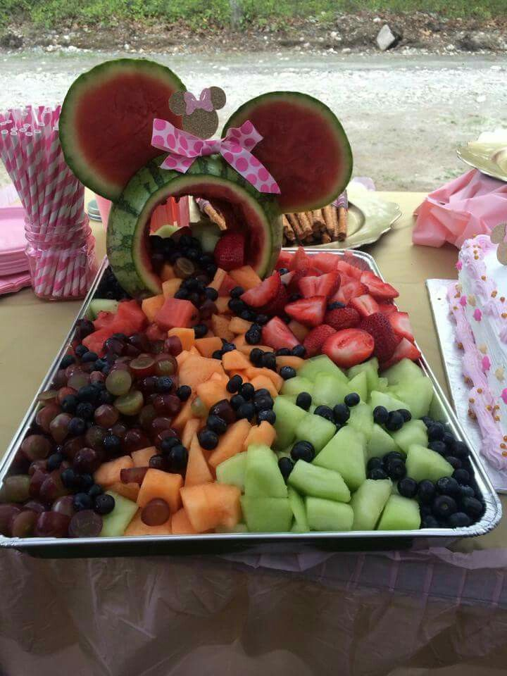 Minnie mouse fruit salad. 1st birthday party. Healthy snacks. Disney theme.