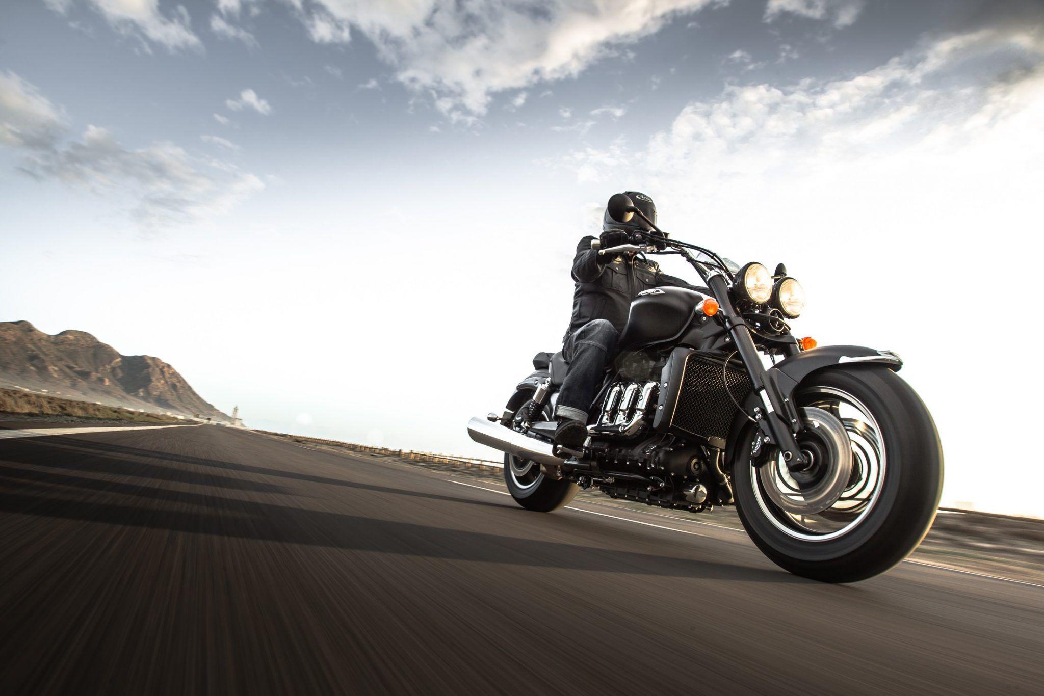 Triumph Imotorbike Com Motorcycle Motorbike Riding Triumph