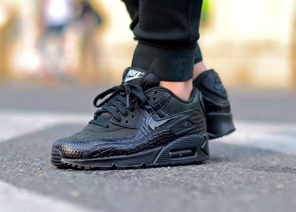2acab008d3 Nike Air Max 90 Black Crocodile | Nike max/roshe | Nike air max ...