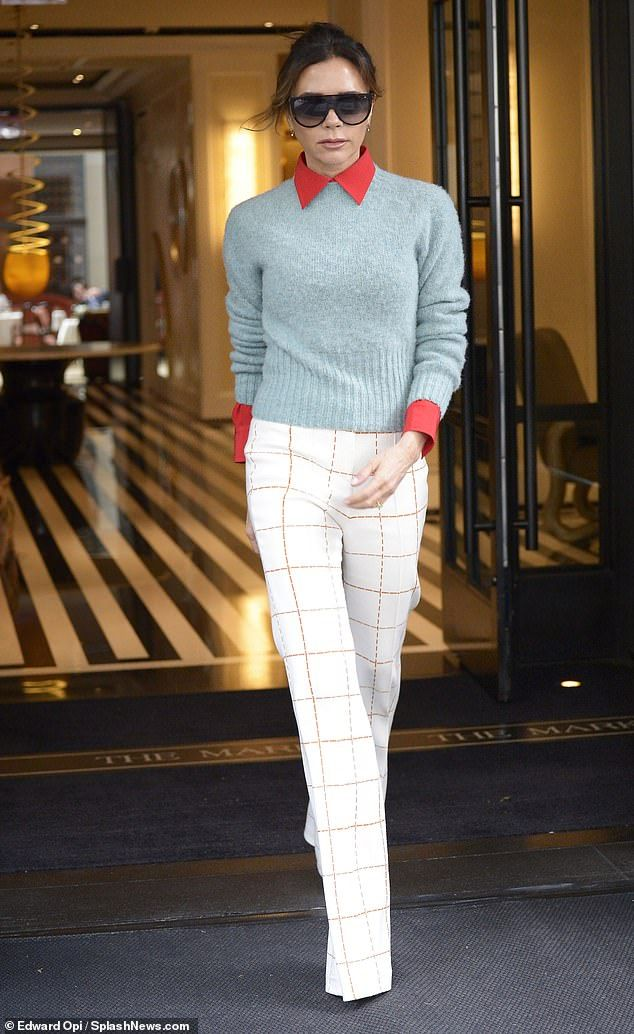 Photo of Victoria Beckham looks effortlessly chic in statement check pants
