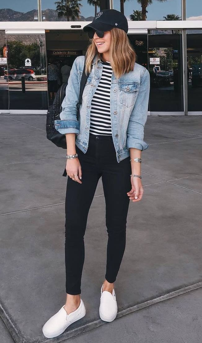 casual outfit with a denim jacket : bag striped top black skinny jeans sneakers