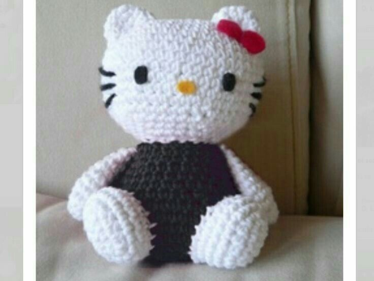 Pin de Clara Tucker en Crochet Hello Kitty | Pinterest | Ganchillo