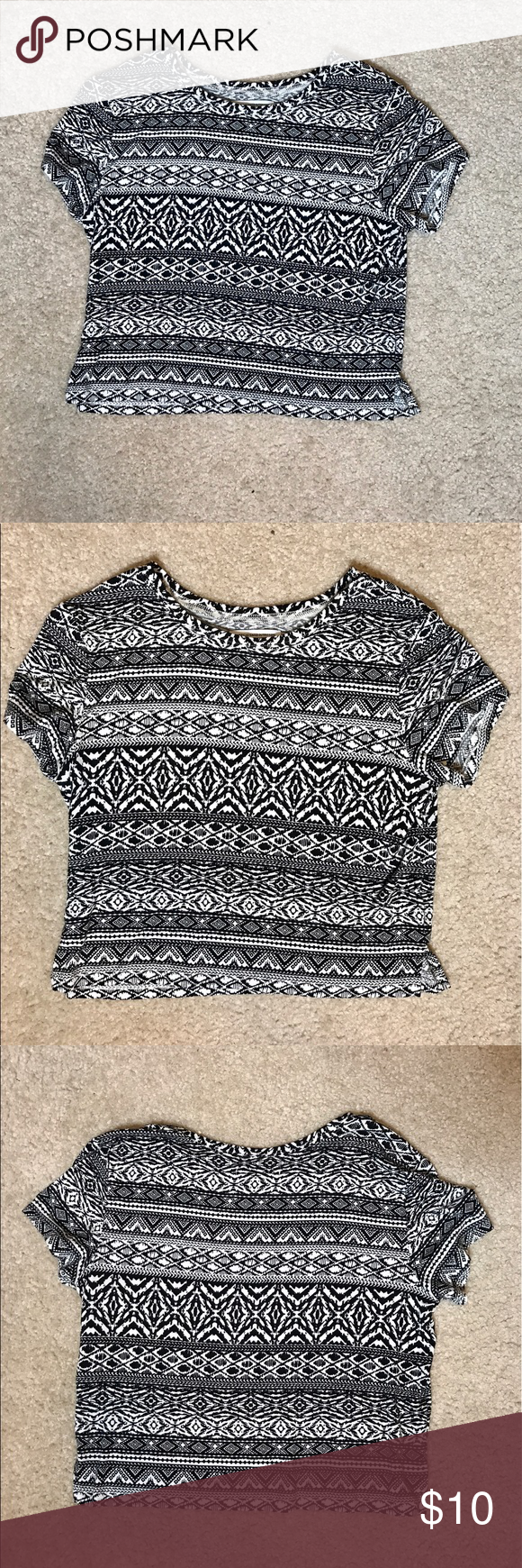 American Eagle Tribal Top Size Medium This too is