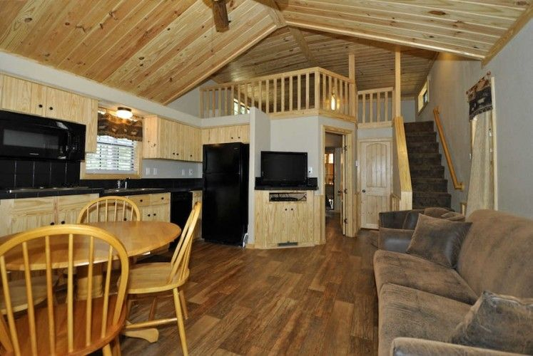 Lake Conroe Cabins Stowaway Marina Vacation Rentals Cabins And Cottages Cabin Lake Cabins