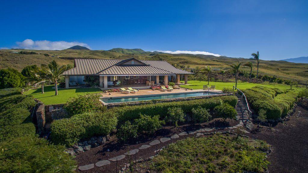 Terry Bradshaw's House, 59-1177 Kamakani Loop, Kamuela, Hawaii 96743 - page: 1
