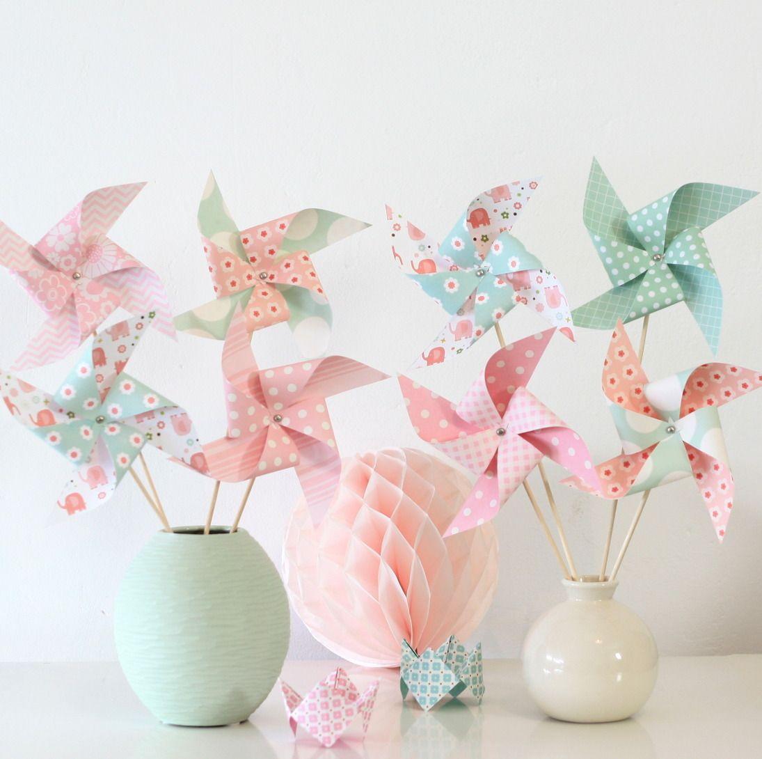 8 moulins vent dans les tons roses et vert d 39 eau pour for Decoration bapteme fille