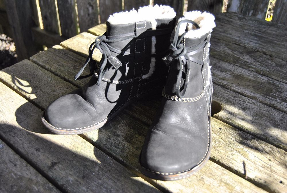 c3827e1f82e UGG Cove Womens Black Leather High Ankle Winter Boots size 9 #UGG ...