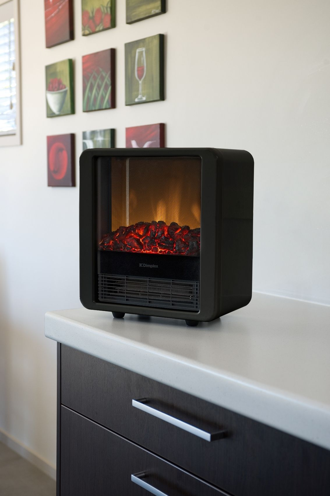 The Dimplex Mini Cube in Black is unique and charming. Add