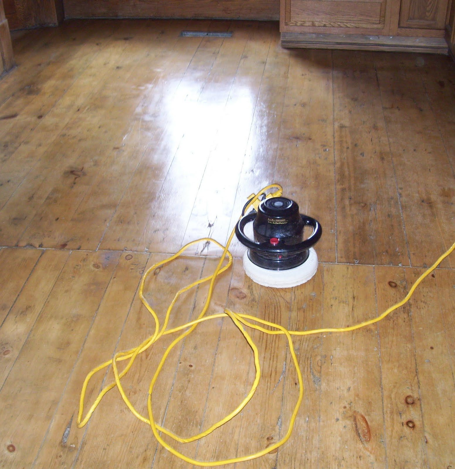 Wood floor polish still saving up for a proper floor polisher buffing machine for wooden floors increasingly more individuals are going for wood floorings for anybody with allergies dailygadgetfo Gallery