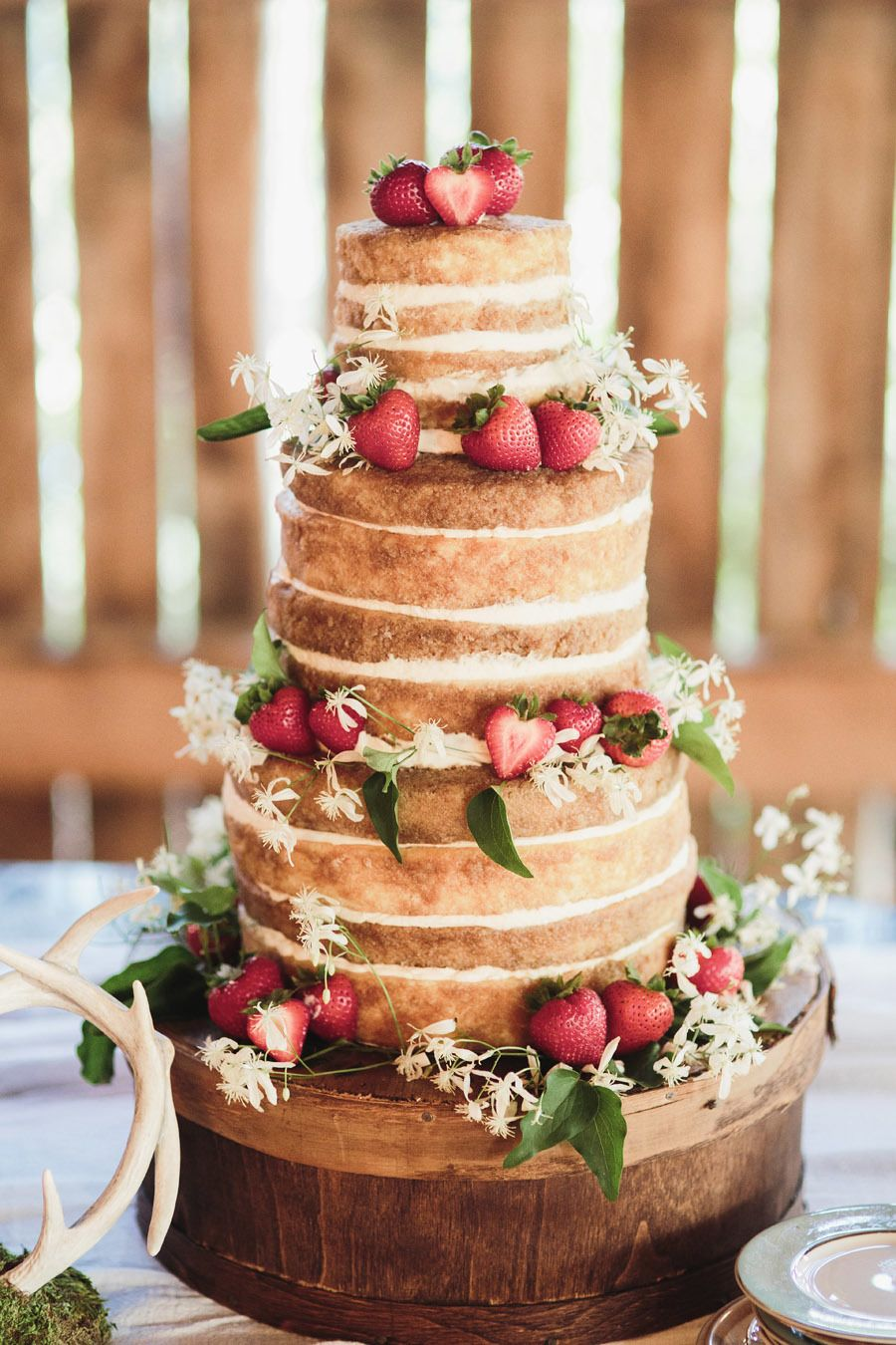 10 Sweet and Stunning Summer Wedding Cakes forecasting
