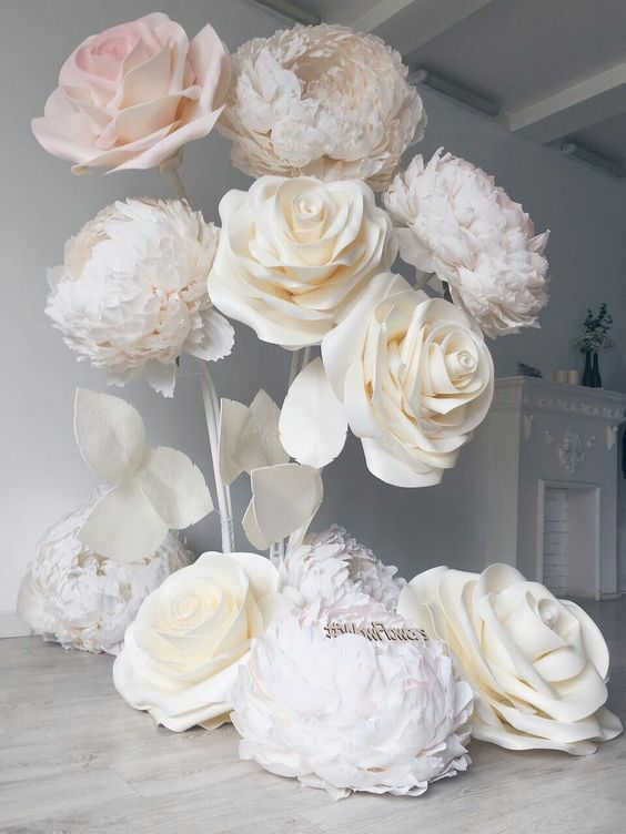 DIY Paper Flower Wedding Backdrop