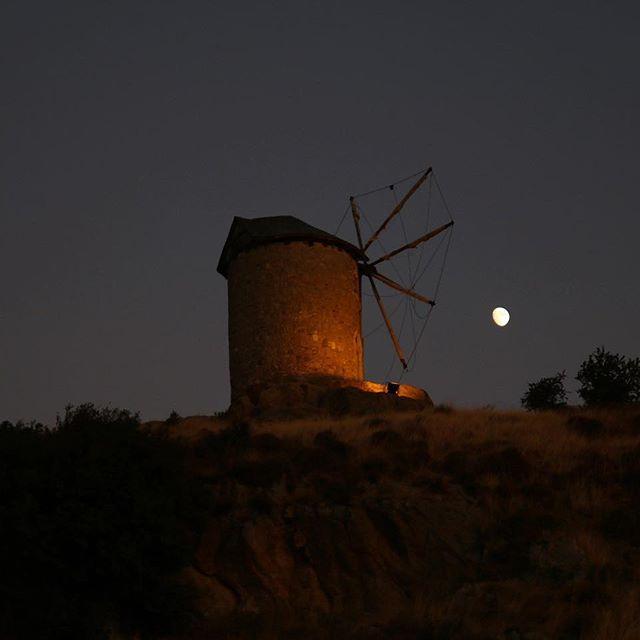 Windmill vs Moon #windmill #dark #moon #sky #black #nature ...