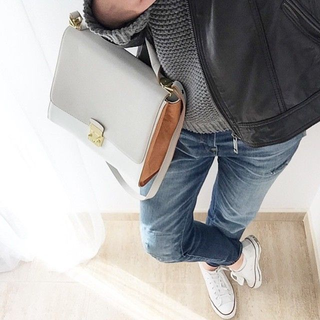 """""""Casuals   cc: @vogue_official { Zara Outfit and Converse Sneakers}  Picture: Akcelos©"""""""