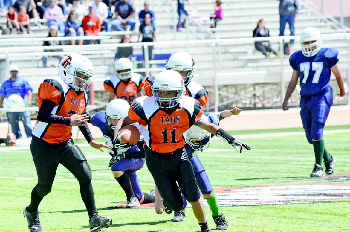 The Taos Youth Football League Joined Forced With Albuquerque S