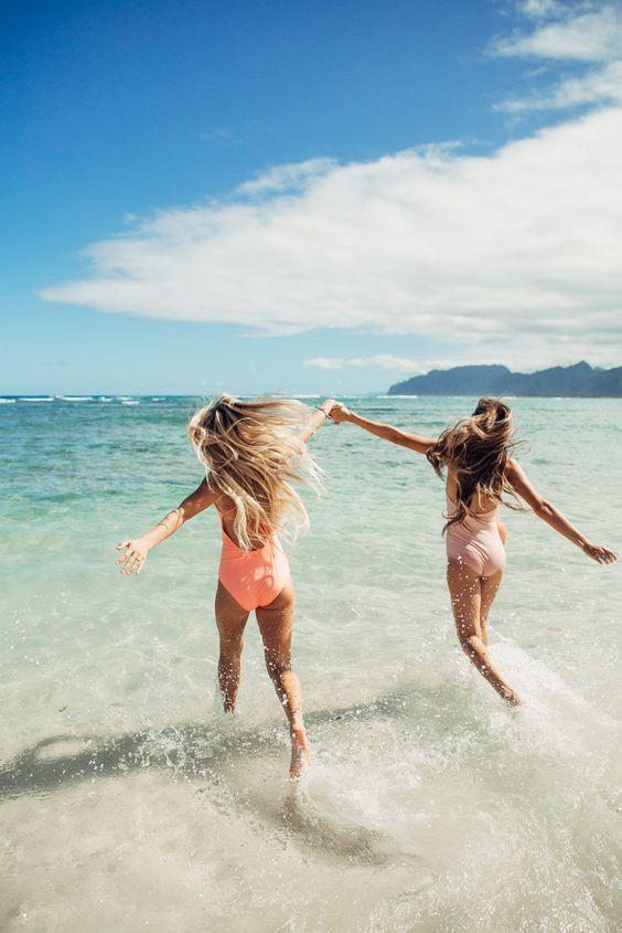 Картинки по запросу sea happy friends tumblr