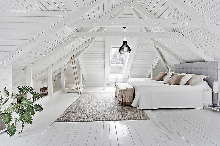 50 Cool Small Attic Bedroom For Your Home Bedroom Bedroomdesign Bedroomdesignideas Luxuryat Attic Bedroom Small Attic Bedroom Designs Attic Master Bedroom