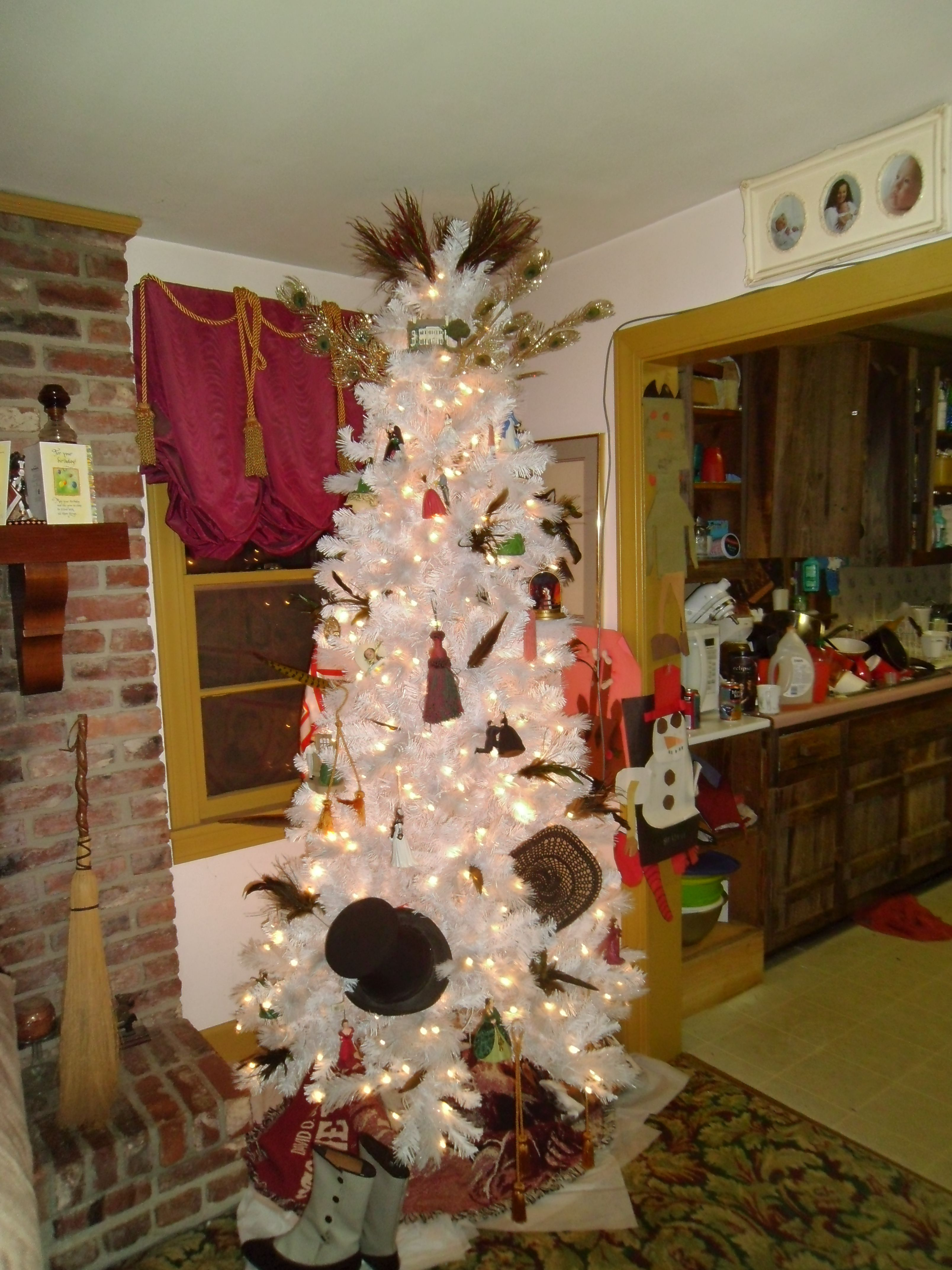 Gone With The Wind Christmas Tree Craft room decor