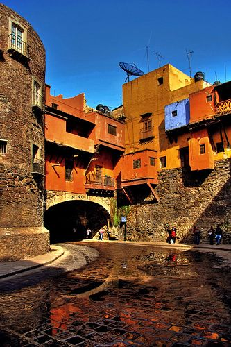 Mexico: one of the tunnels of Guanajuato - Mexico. Fascinating place.