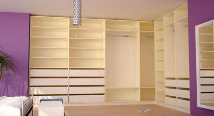 Fabulous Ankleide Ecke im Schlafzimmer Begehbarer KleiderschrankOffenSchlafzimmerSpeicher