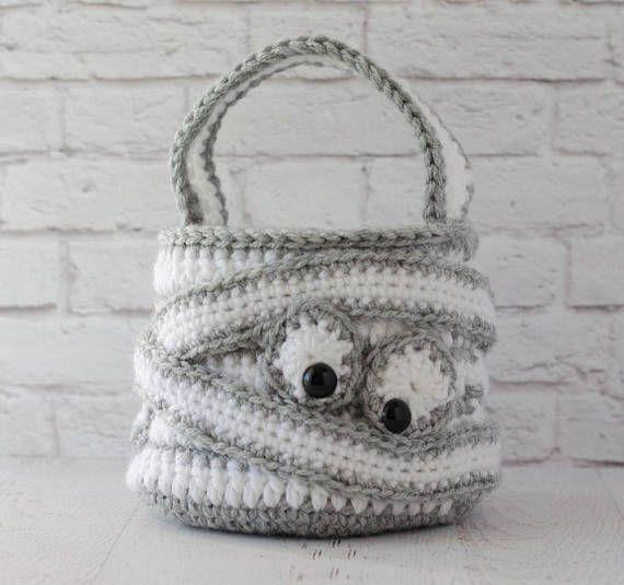 Halloween CROCHET PATTERN instant download - Crochet Mummy Bag ...