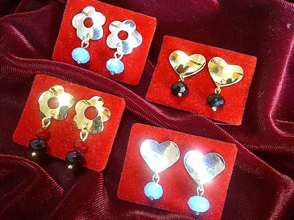 e6e16bb4733b Aretes con baños en oro y plata. Detalles en Cristales Checos.