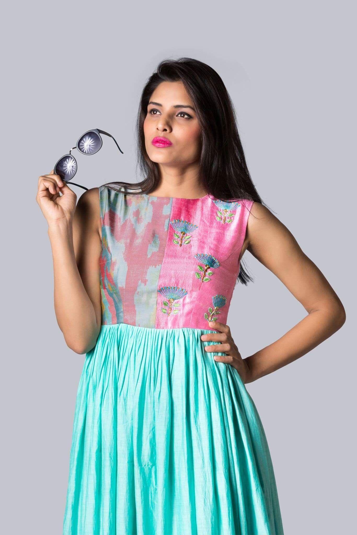 Pin by Dipali Patel on Pretty dress | Pinterest | Kurtis, Anarkali ...