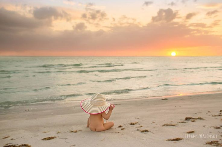 Summer photography, baby beach pictures, naked baby butt on beach, beautiful sunset at ocean #beyond...