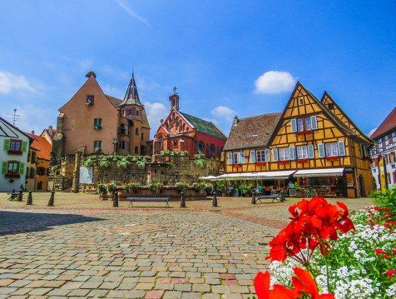 Eguisheim, a cidade mais charmosa e colorida da França