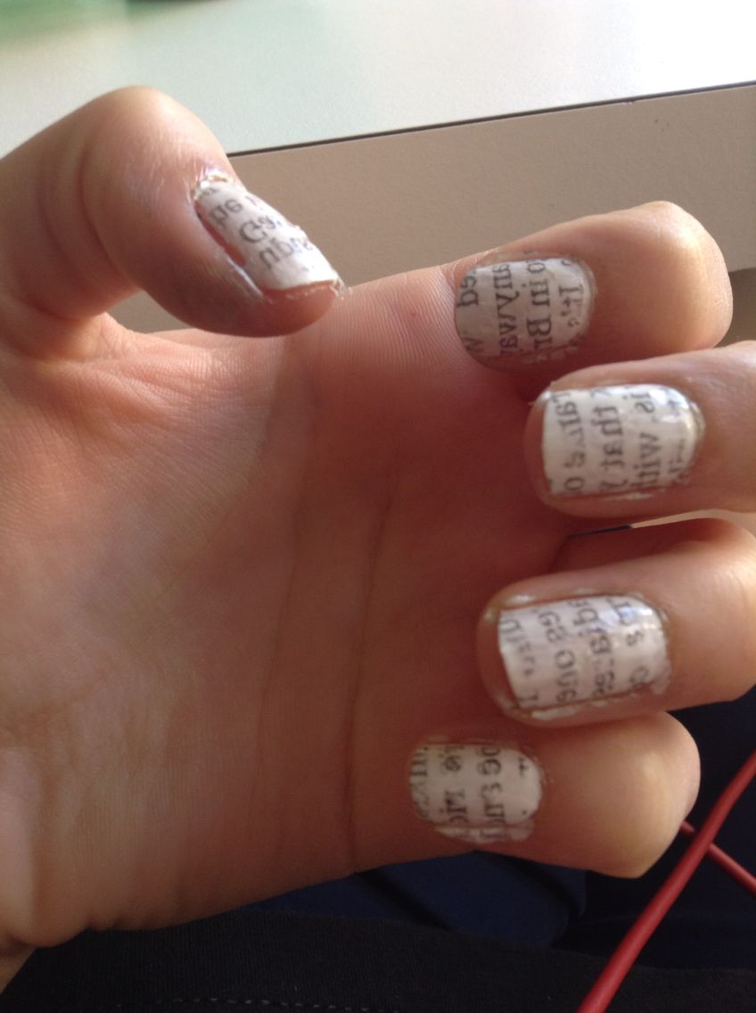 The newspaper nails do work!! Just paint your nails white, dip them ...