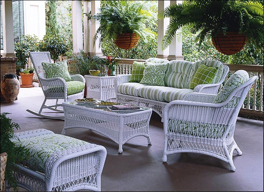 Decor Of White Wicker Patio Furniture Patio Decorating Plan White