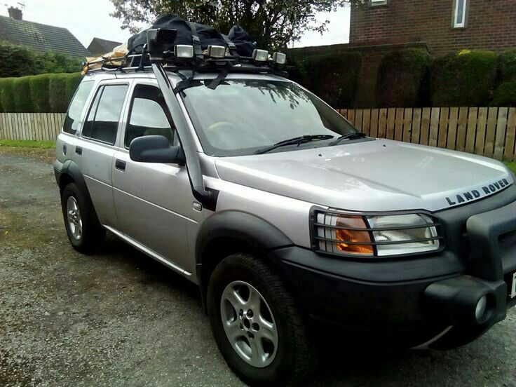 Freelander 1 Se Premium With Winch . Raised Air Intake Snorkel Safety  Devices Challenge Roof Rack And Off Camping If You Spot It Give It A Toot