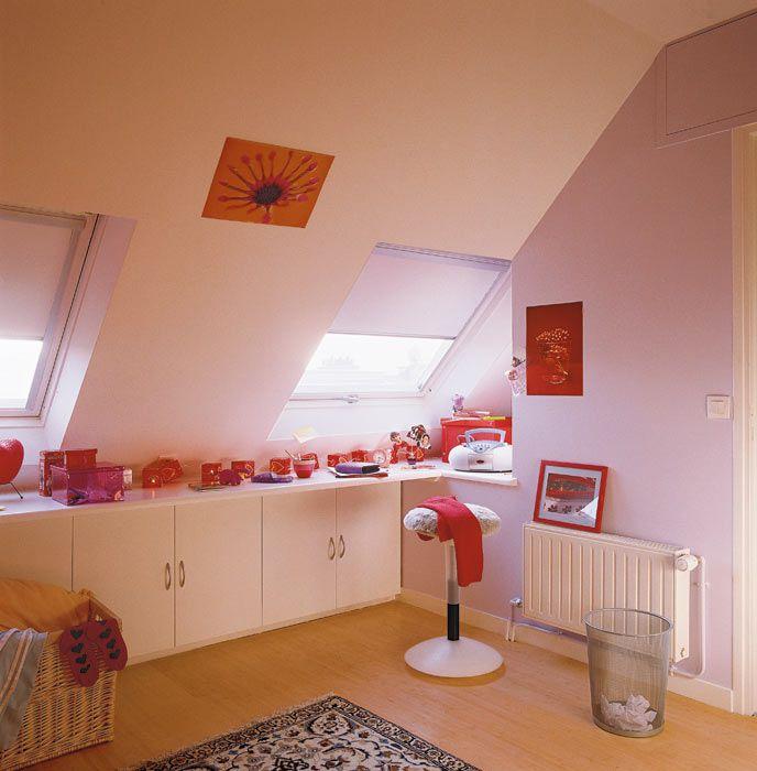 Une chambre de jeune fille sous les toits id e deco - Deco chambre jeune fille ...