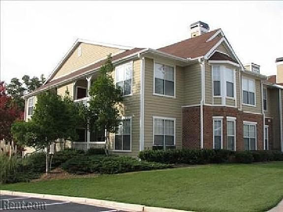 Check Out The Lex On Rent Com Next At Home Apartments For Rent House Styles