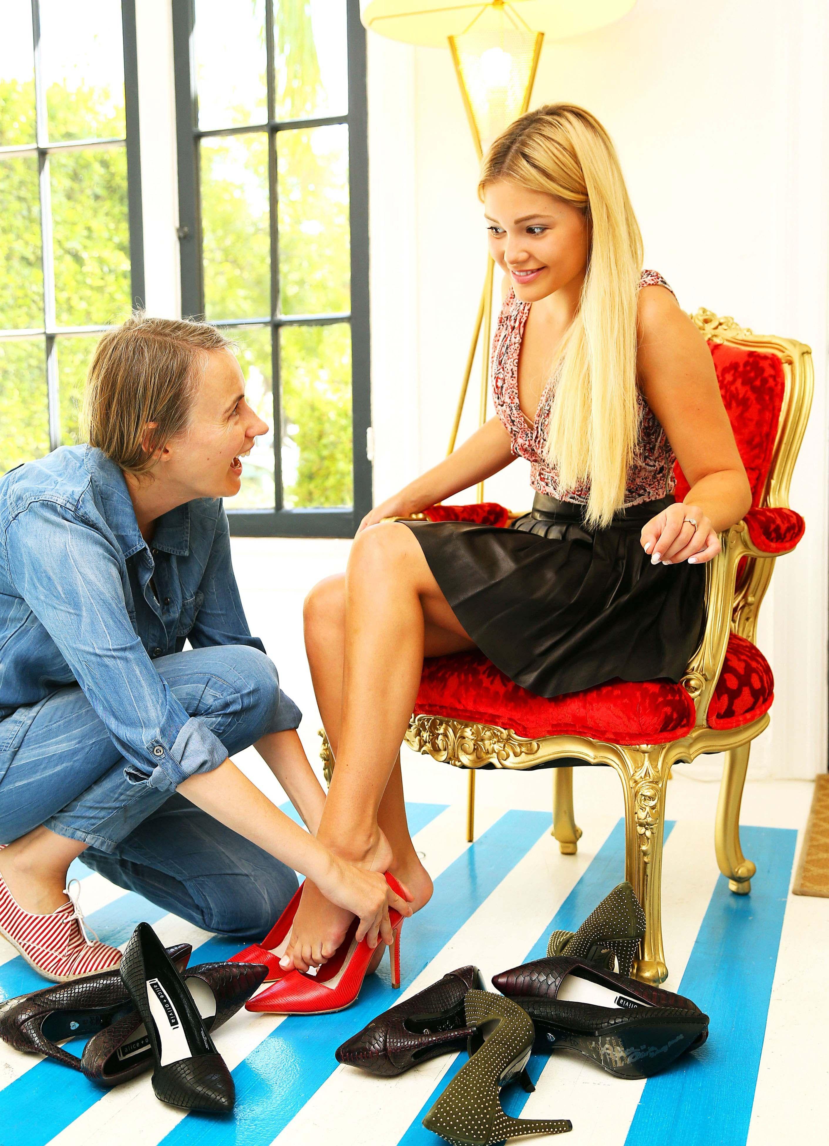 Olivia Holt S Feet