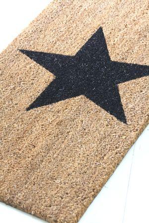 make / paint a door mat :)
