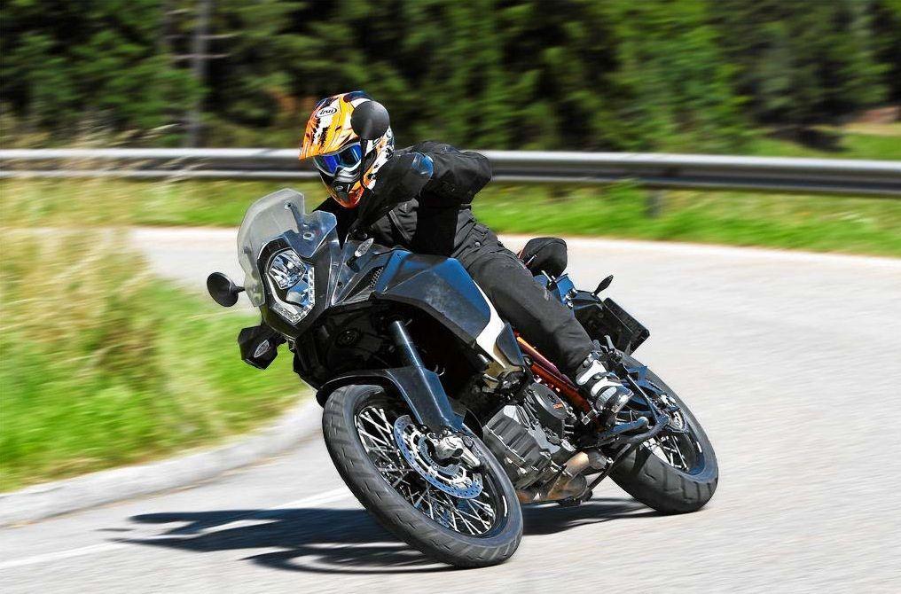 Nuova KTM 1190 Adventure R 2013