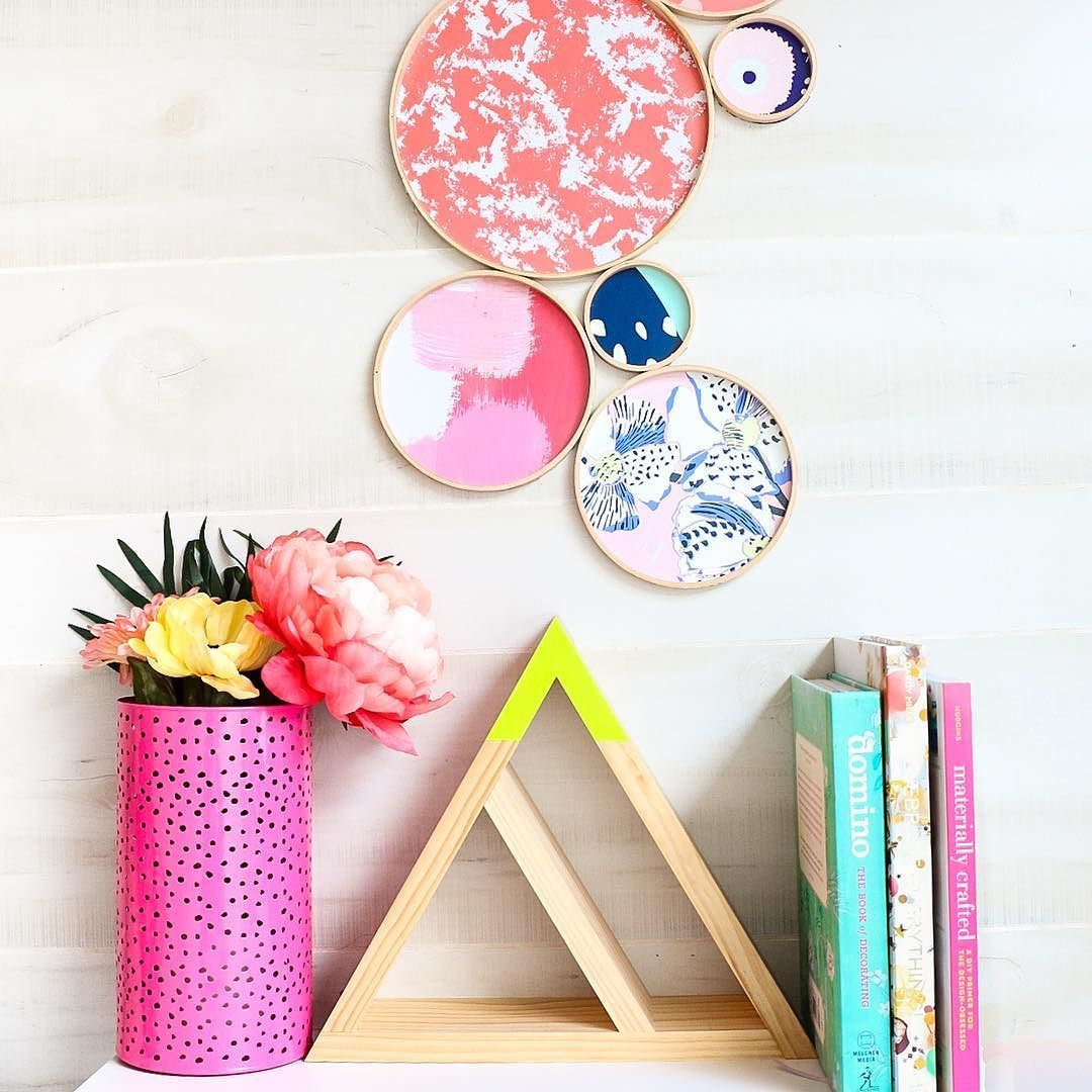 Are you as obsessed with all the pretty patterned paper plates (say that 3x fast! Ha!) that are in all the party stores? Well Iu0027m sharing how to turn them ...  sc 1 st  Pinterest & Are you as obsessed with all the pretty patterned paper plates (say ...