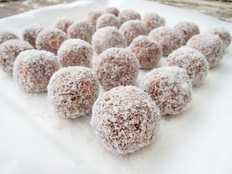 Easy Chocolate And Condensed Milk Truffles Recipe Condensed Milk Recipes Rum Balls Marie Biscuit