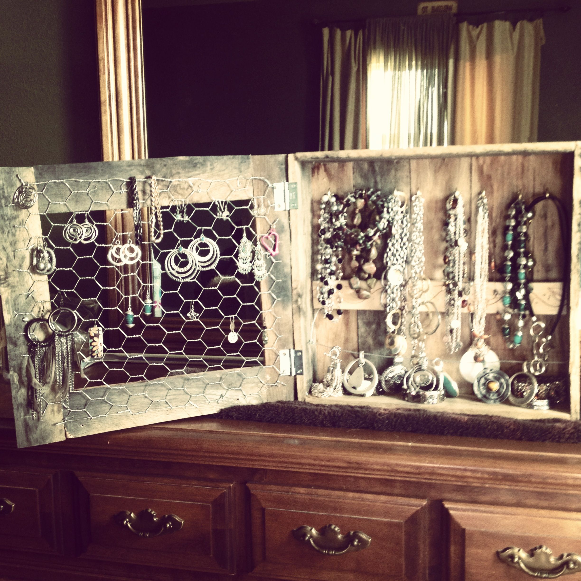Jewelry cabinet made of pallet boards and chicken wire   the fun ...