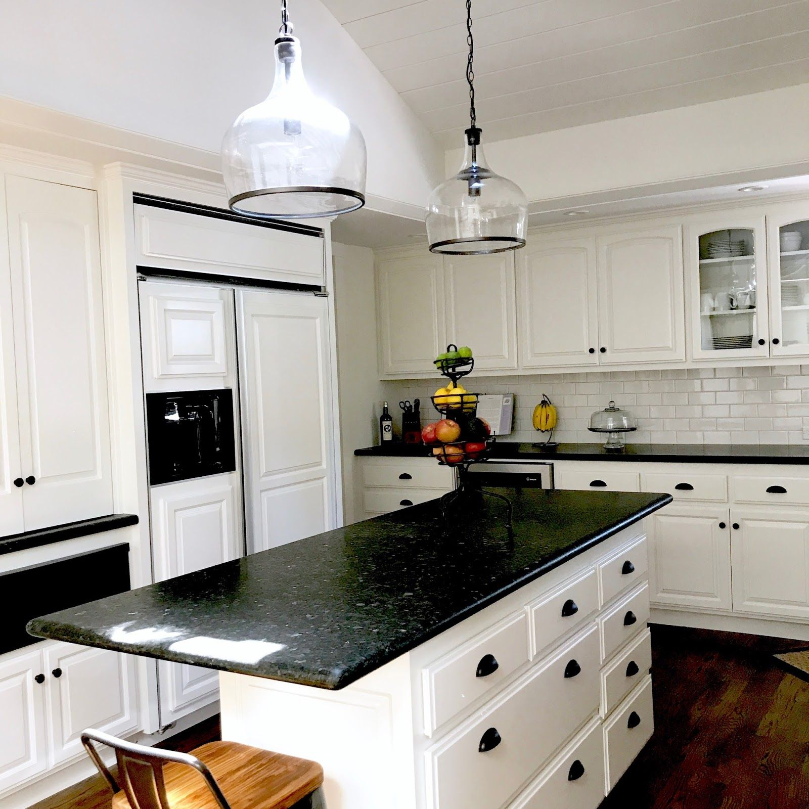 black and white modern farmhouse kitchen before and after classic casual home black kitchen on farmhouse kitchen black and white id=34825