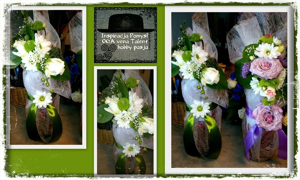 Butelki Wina Ozdobione Zywymi Kwiatami Eustomy Margaretki Santinium I Inne Floral Wreath Table Decorations Floral