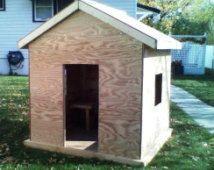 Kids' wood indoor/outdoor playhouse