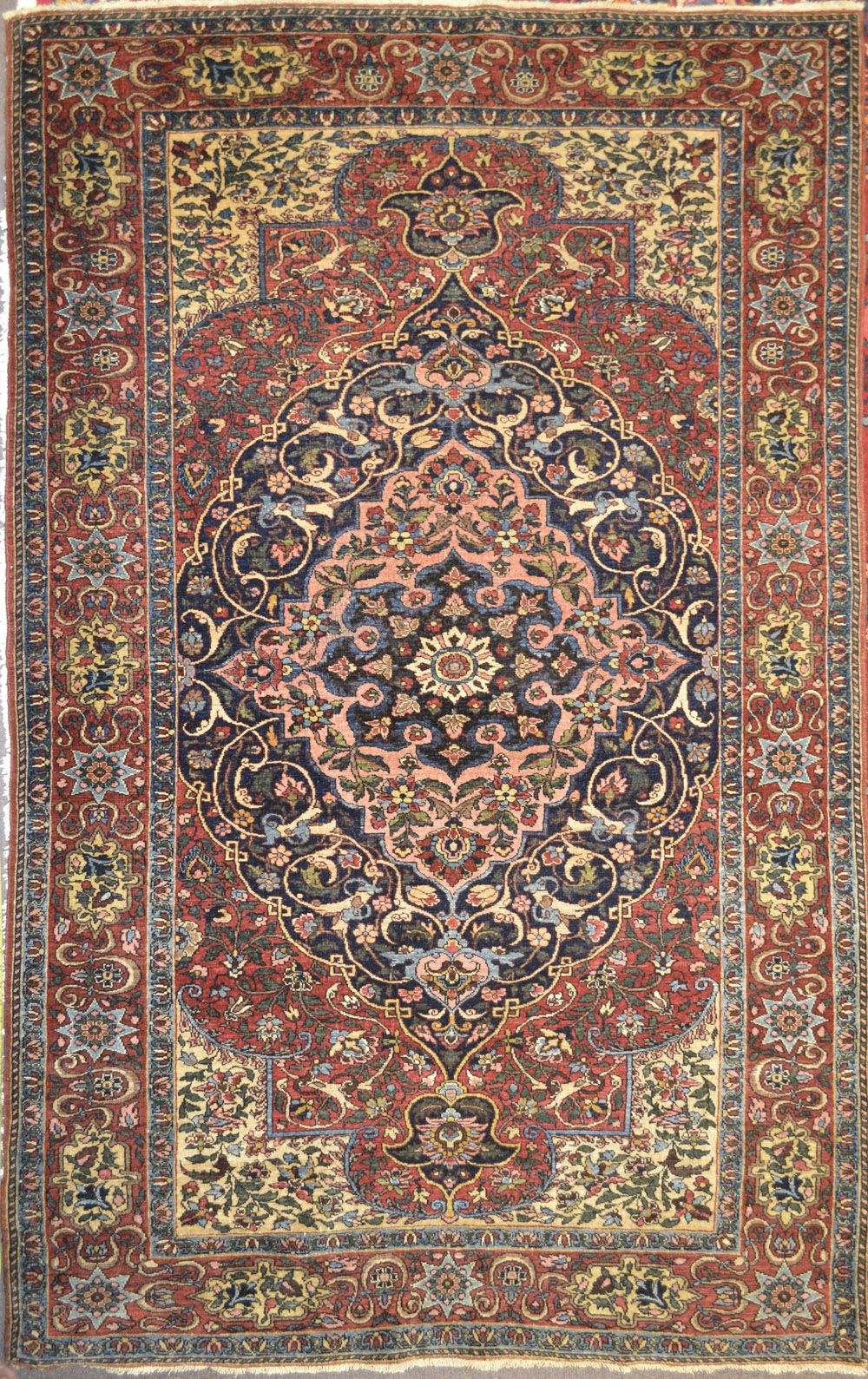Antique Isfahan Mobarakeh Wool Persian Rug Item Bg 3115