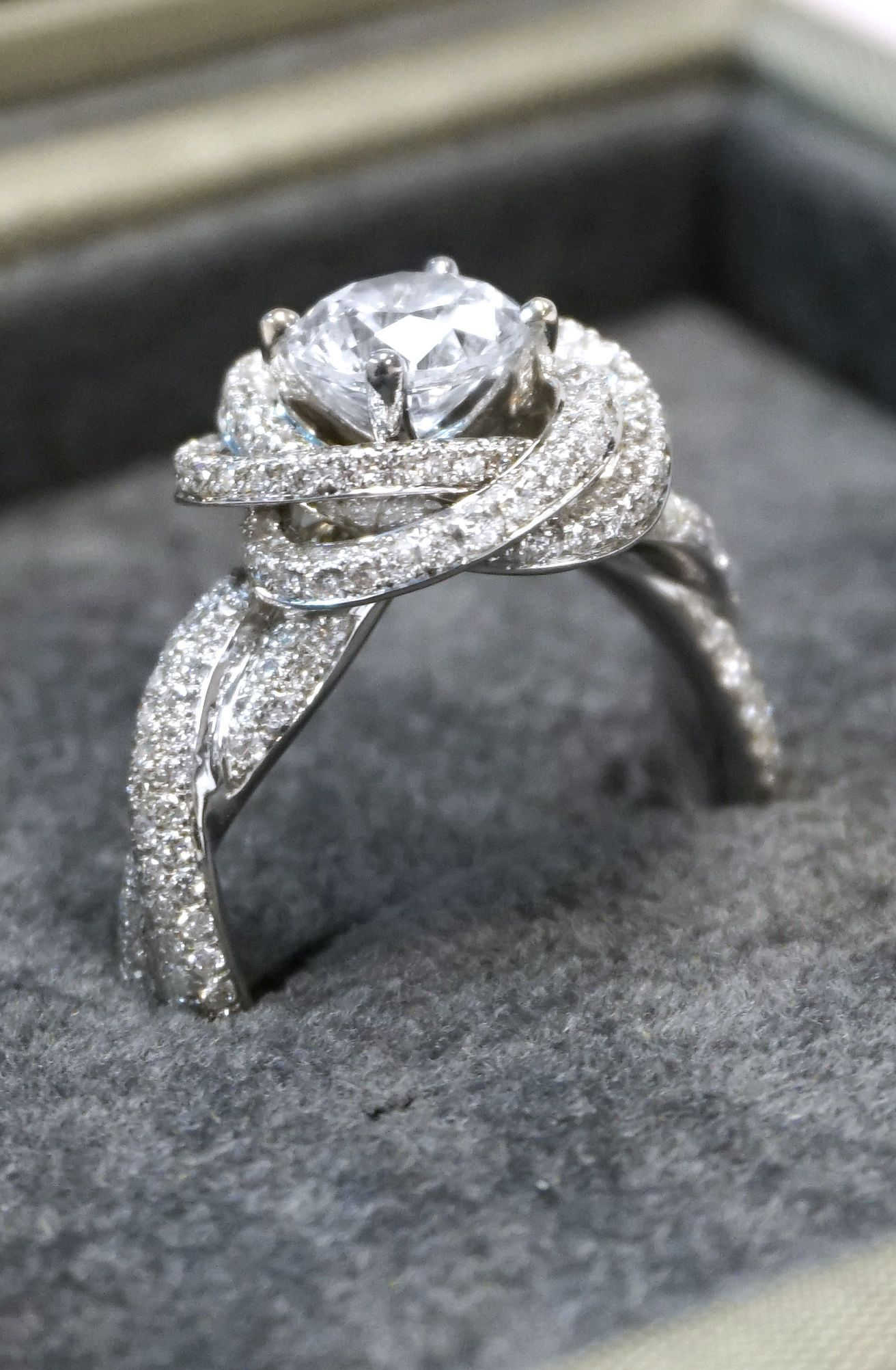 up diamonds step cut for glamorous tacori rings channel streamlined look the impressive stone with finished set signature flourishes three is given engagement product princess diamond ring a