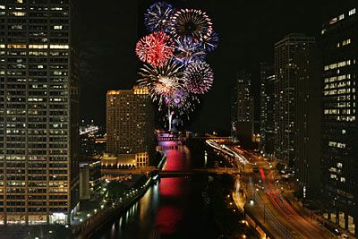 Where To Go For New Year S Eve Four Celebrations In Four States New Years Eve Chicago Windy City Chicago New Year Fireworks