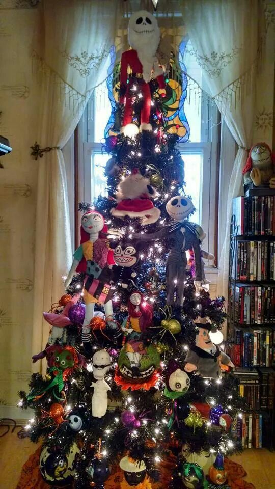 Halloween tree..such a great idea!!! Nightmare before